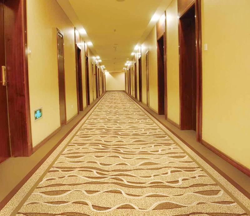 澳渍丽地毯清洁剂,让酒店地毯随时保持洁净